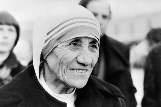 20заповедей Матери Терезы (2 фото)