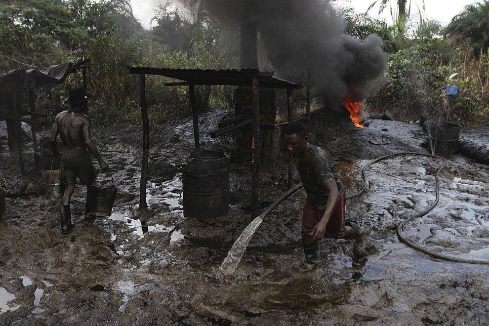 (Фото Akintunde Akinleye | Reuters):