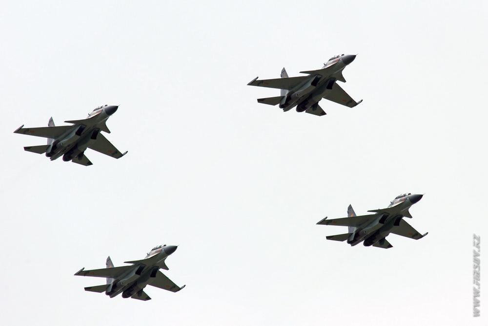 Su-30SM_group_2_TDK.JPG