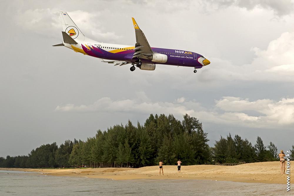 B-737_HS-DBA_NokAir_3_HKT.JPG