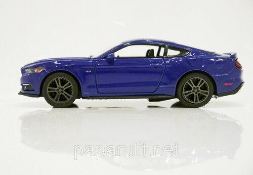Kinsmart Ford Mustang GT 23.jpg