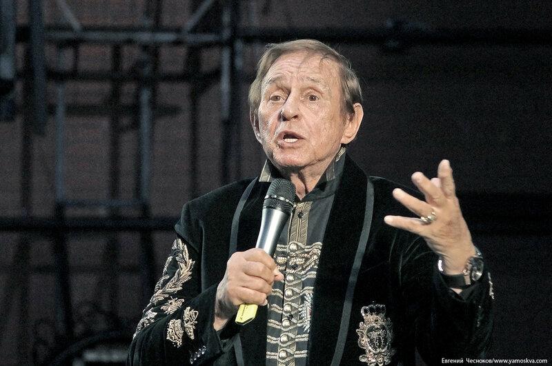 Театр Виктюка. сбор. 06.09.07.06. Виктюк..jpg