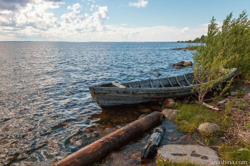 Старая лодка, Онежское озеро