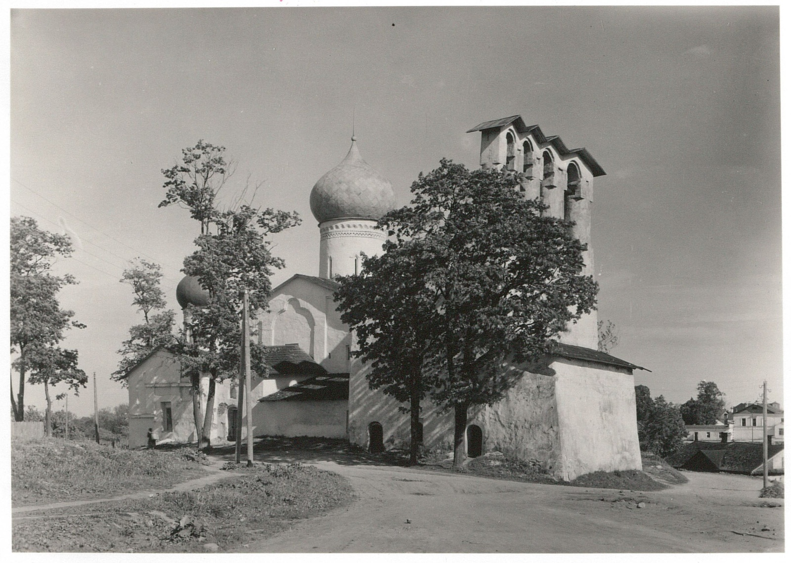 Псков. Церковь Образская с Жабьей лавицы. Северная сторона
