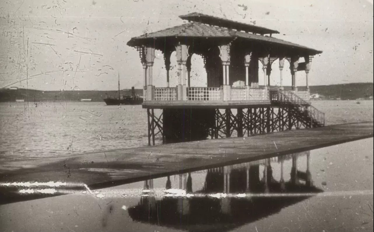 1918. Ресторан Поплавок