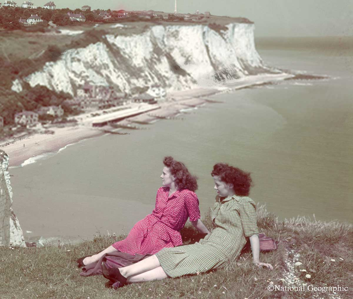 1940s-wartime-women-Cliffs-of-Dover-B-Anthony-Stewart.jpg