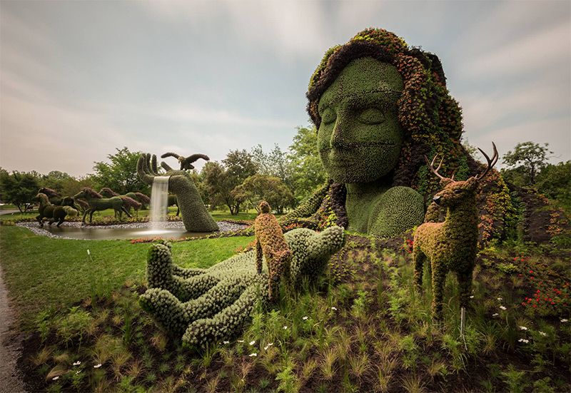 Monumental Plant Sculptures at the 2013 Mosaicultures Internationales de Montreal (8 pics)
