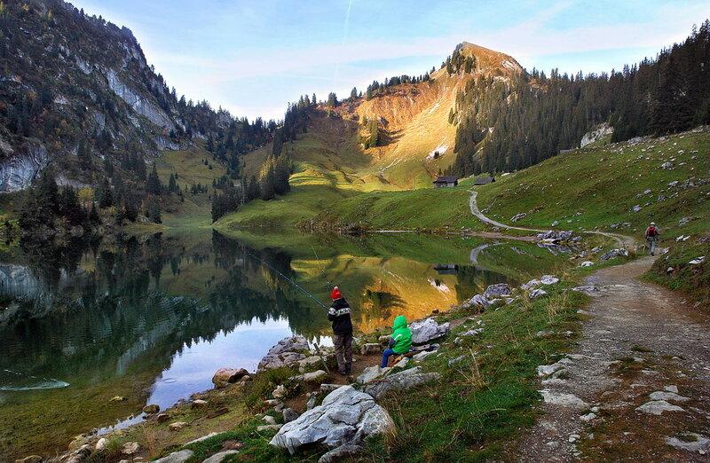Спокойно озеро
