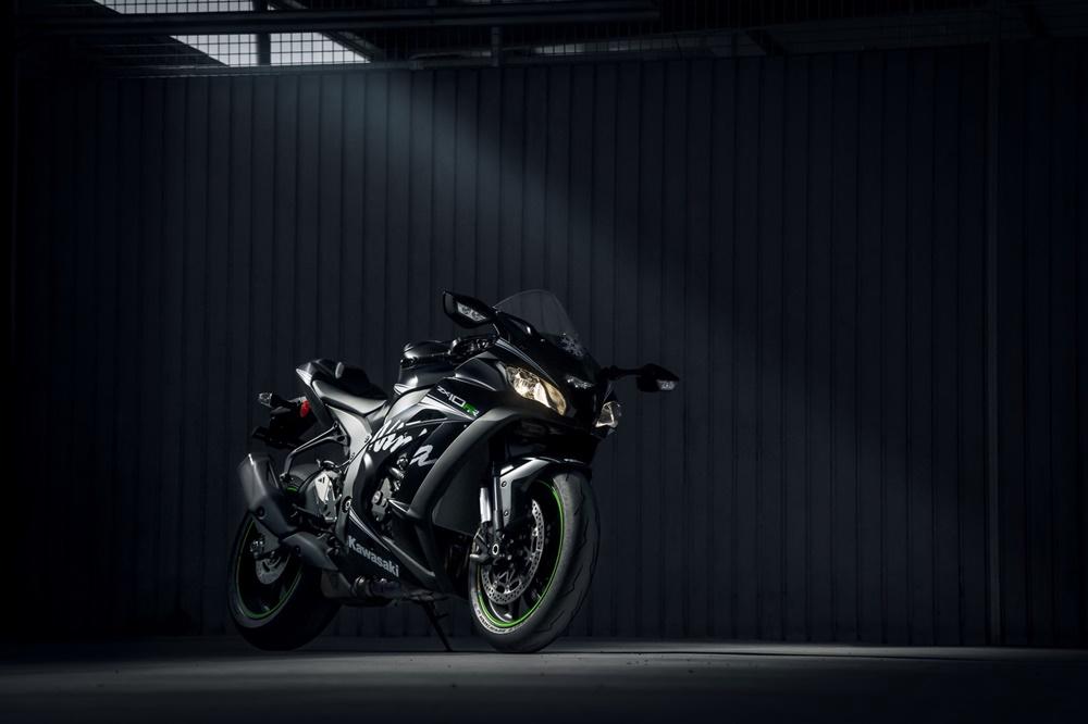 Спортбайк Kawasaki ZX-10RR 2018