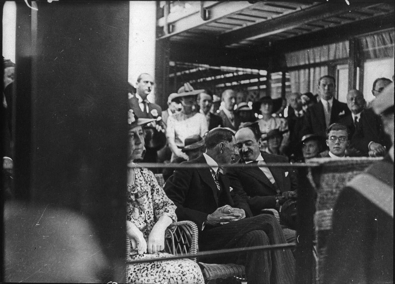 Церемония открытия шведского павильона (6 июня 1937)