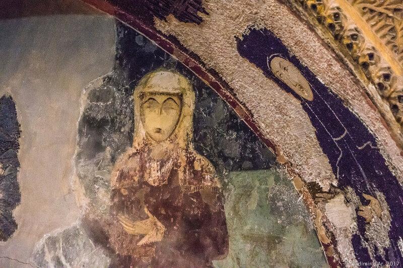 Могила конставла Михаила Торника (ум. ок. 1328 г.) и его жены. Мозаики и фрески монастыря Хора. Церковь Христа Спасителя в Полях.