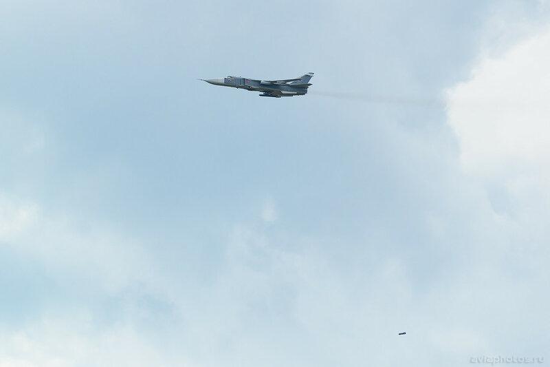 Сухой Су-24М (RF-92249 / 47 красный) ВКС России 626_D801540