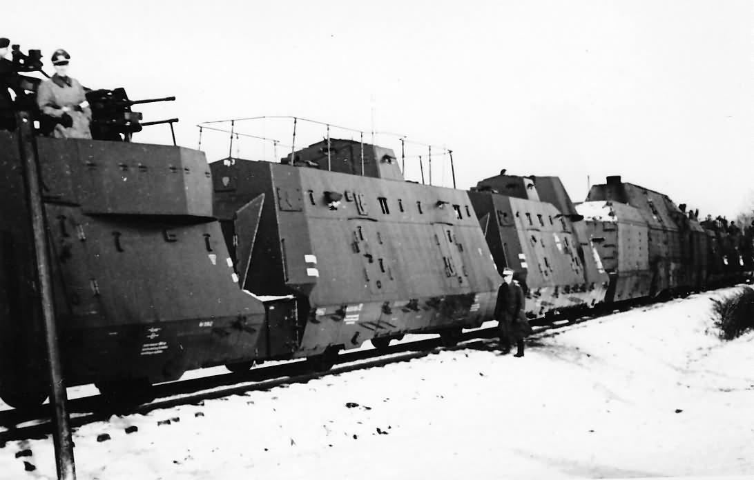 Panzerzug_BP42_Kommandowagen.jpg