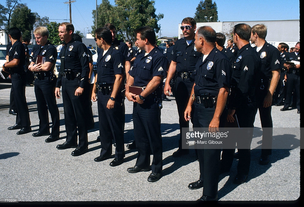 Полицаи. ( 70 фото ) gH5jjIX.jpg