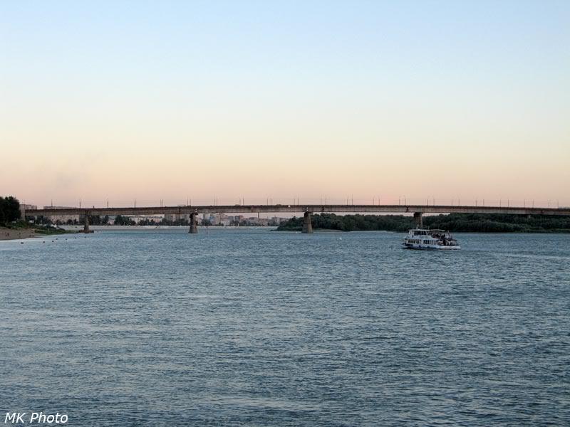 Лениградский мост