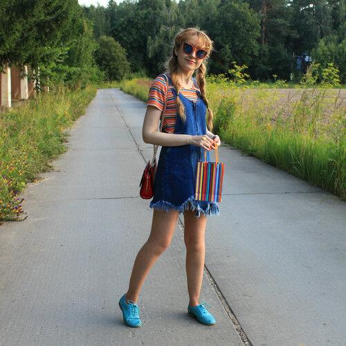 Джинсовый сарафан - Zara, сумка - Mango