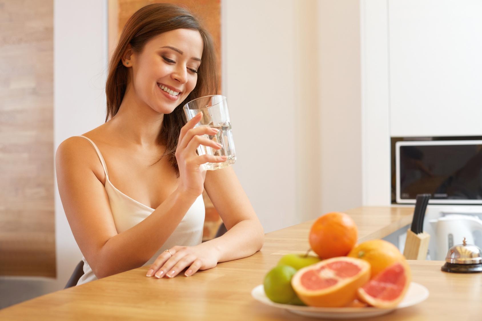 Вода — секрет быстрого похудения (1 фото)