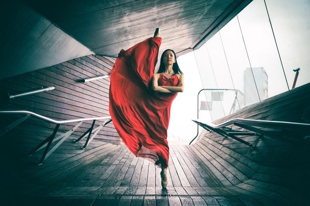 Магия танца, ворвавшегося в городские пространства: фотопроект Шона Данкера (15 фото)