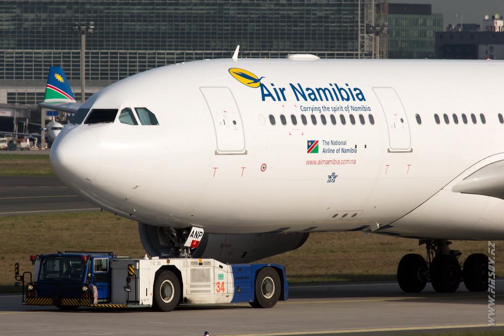 A-330_V5-ANP_Air_Namibia_1_FRA.JPG