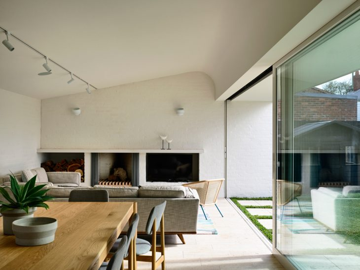 Maitland House by Kennedy Nolan
