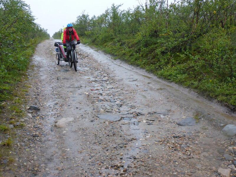 велопоход по старой почтовой дороги Альта - Каутокейно (old postal road alta - kautokeino) в дождь