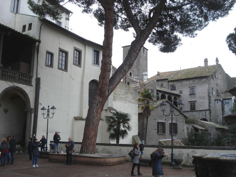 036-доврик палаццо Комуне.jpg