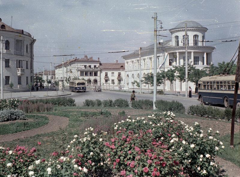 Севастополь на старых цветных слайдах