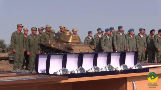 Танкисты 14-ой ОМБр выиграли соревнования на лучший танковый взвод ВСУ. ФОТО