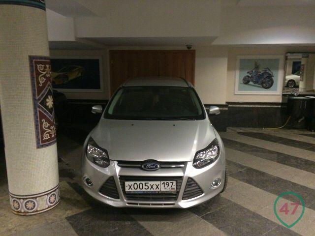 0 182ddc da37b4e2 orig - А что тут делает Форд Фокус? - автоколлекция министра Дагестана