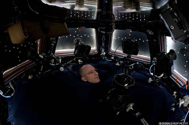 Как снимают из космоса (10 фото)