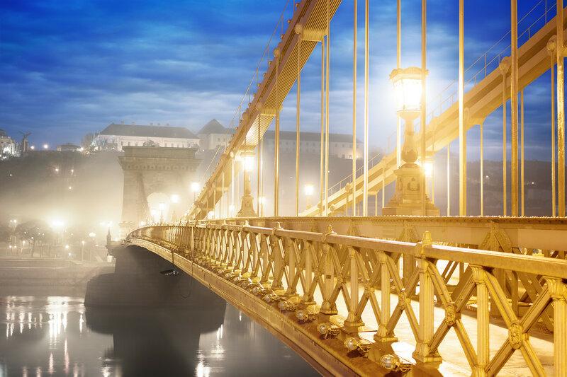 Цепной мост в Будапеште ночью, Венгрия