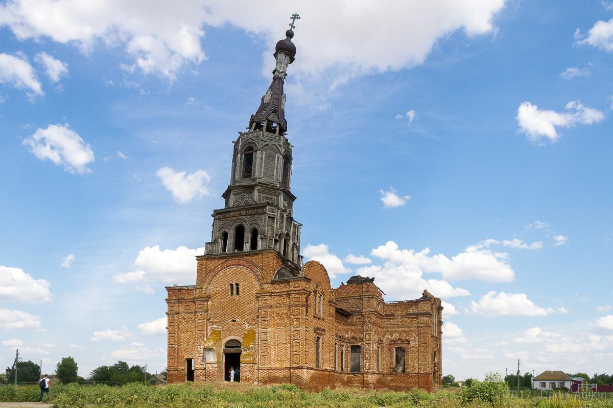 церковь в логиновке фото 1