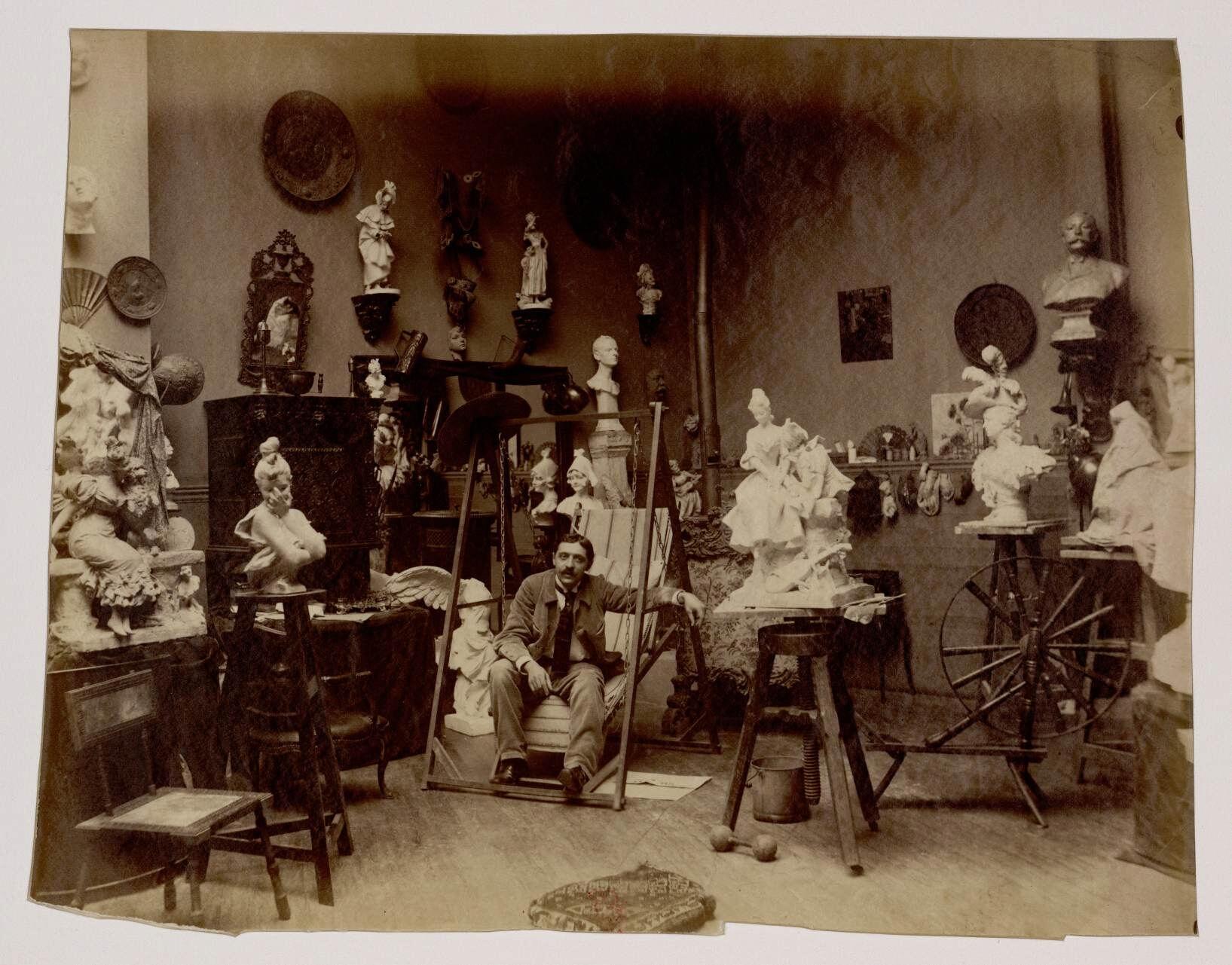 15. Жорж ван дер Стратен (1856-1941) - бельгийский скульптор
