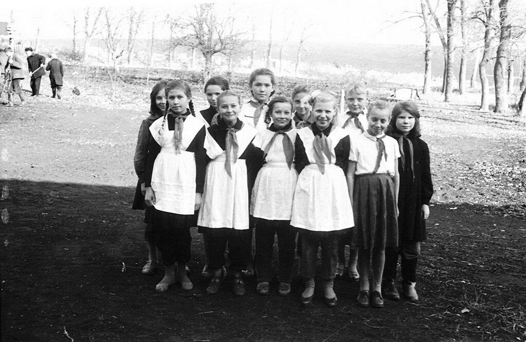 Трескино, школа 1964