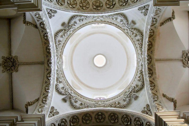 800px-Detail_santa_croce_main_vault.jpg