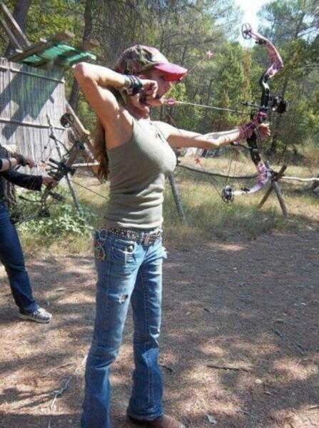 0 17aa1a bc05ff0d XL - Стрельба из лука: фото девушек