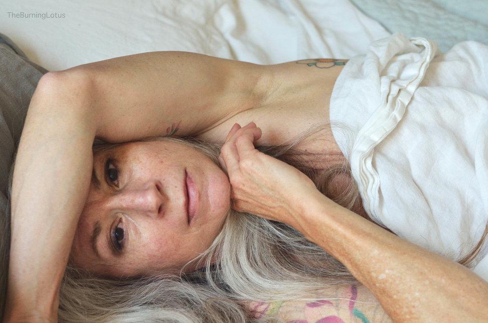 0 17e8d4 4e99decc orig - Личный пример 56-летней американки: В старости секс только начинается
