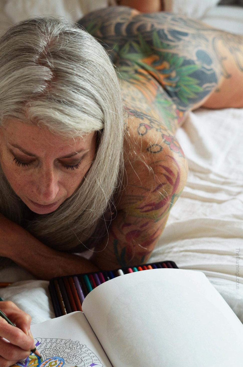 0 17e8d5 9b11b0ac orig - Личный пример 56-летней американки: В старости секс только начинается