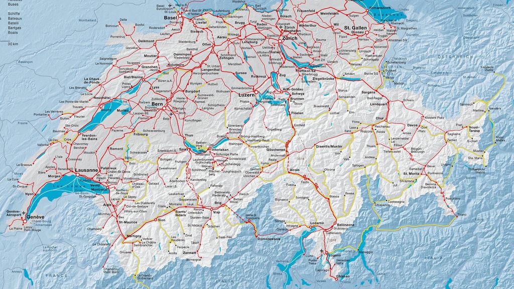 На этой карте желтые линии обозначают автобусные маршруты. А красным отмечены железные дороги. Больш