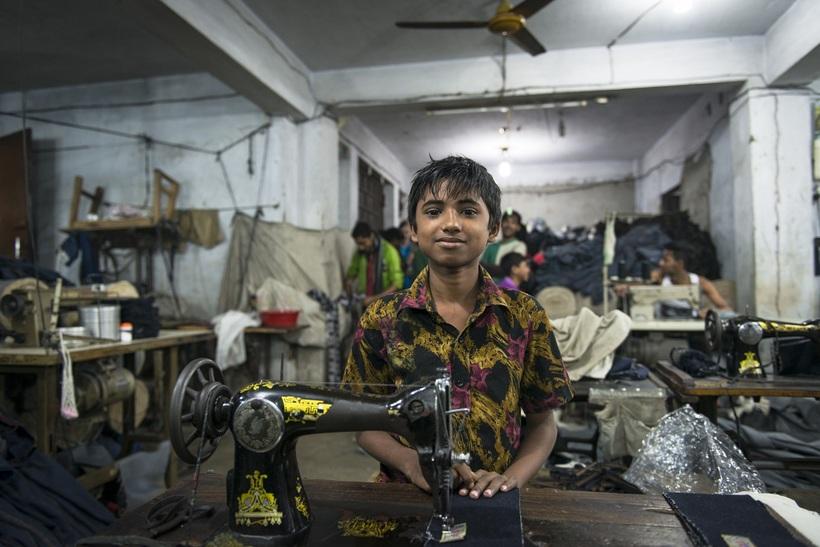 Фото швейных фабрик в Бангладеш, от которых становится не по себе