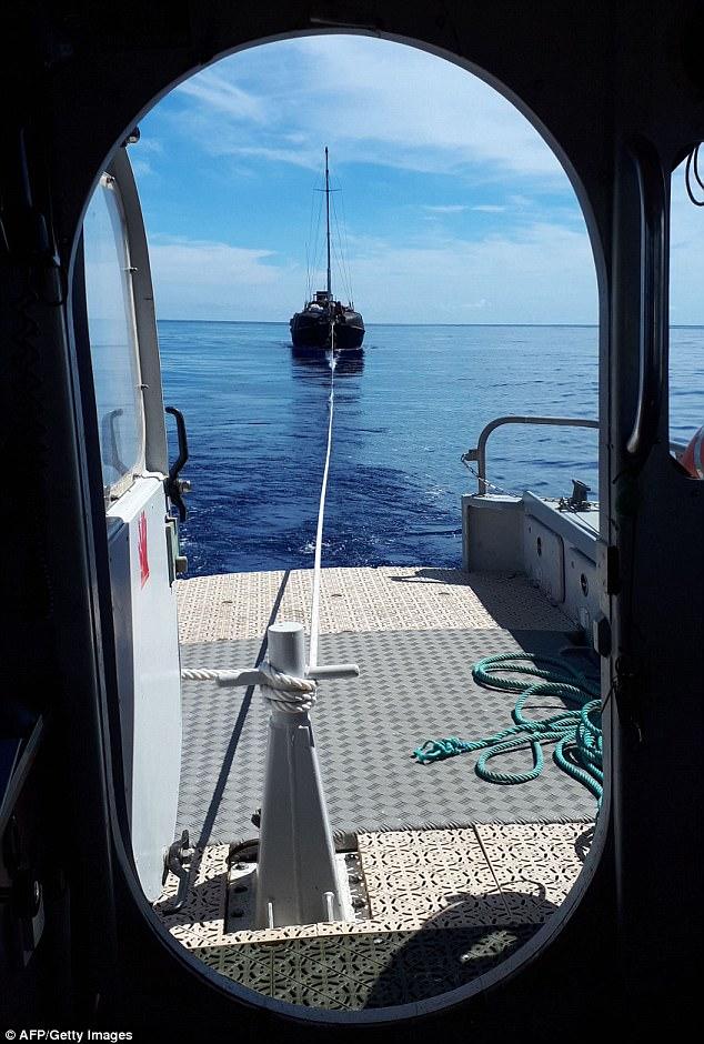 В планы спасенного путешественника по имени Збигнев Рекет входило добраться до южноафриканского порт