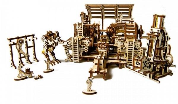 Фабрика состоит из конвейера и сборочного цеха. Слаженная система механизмов поможет закончить сборк