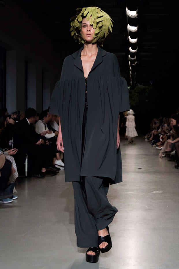 #PFW: JUNKO SHIMADA Spring Summer 2018 Womenswear Collection