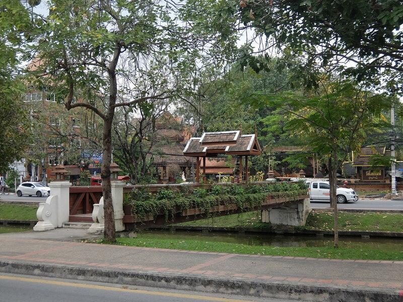 Чиангмай - Мост через канал