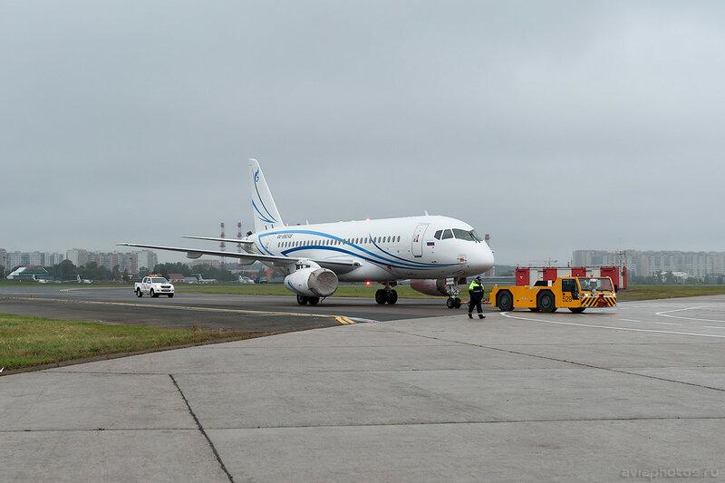 Sukhoi Superjet 100-95LR (RA-89049) Газпромавиа 0040_D705558