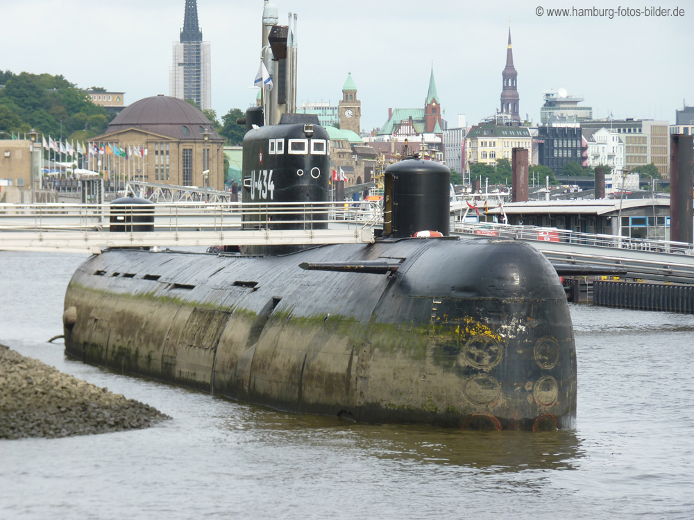 Uboot-U-434-Hamburg.jpg