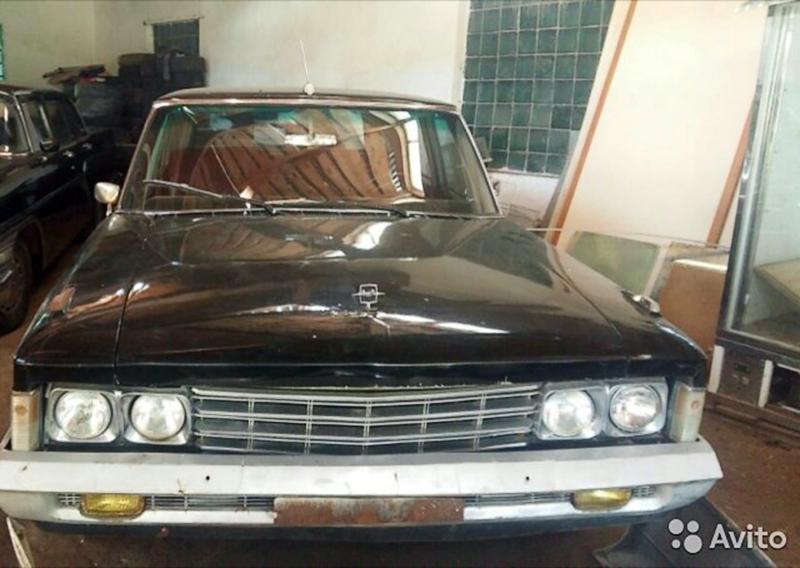 Хозяин автомобиля 1972 года выпуска просит за него 54 миллиона рублей. Кроме того, он готов обменять
