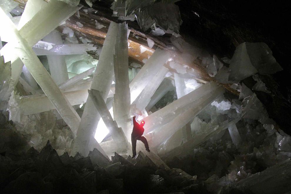 Проблема состоит в том, что на воздухе состояние кристаллов ухудшается и они начинают разруша