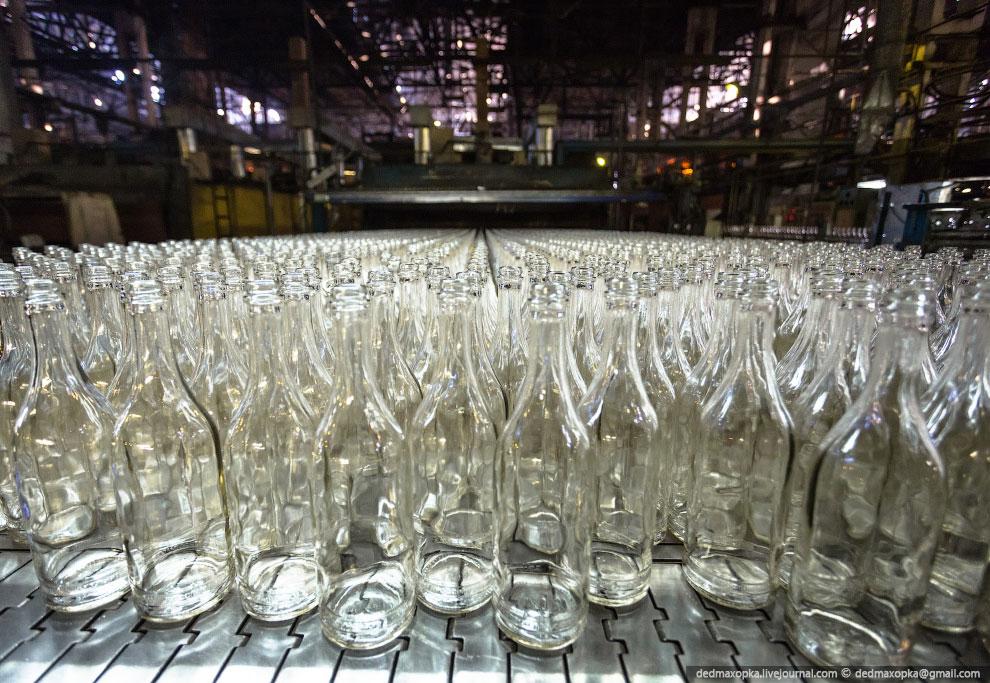 Технология производства стеклотары состоит из следующих последовательных процессов: