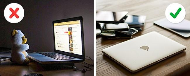 © Pexels     Если выработаете заноутбуком пару часов вдень, нестоит всегда держать ег